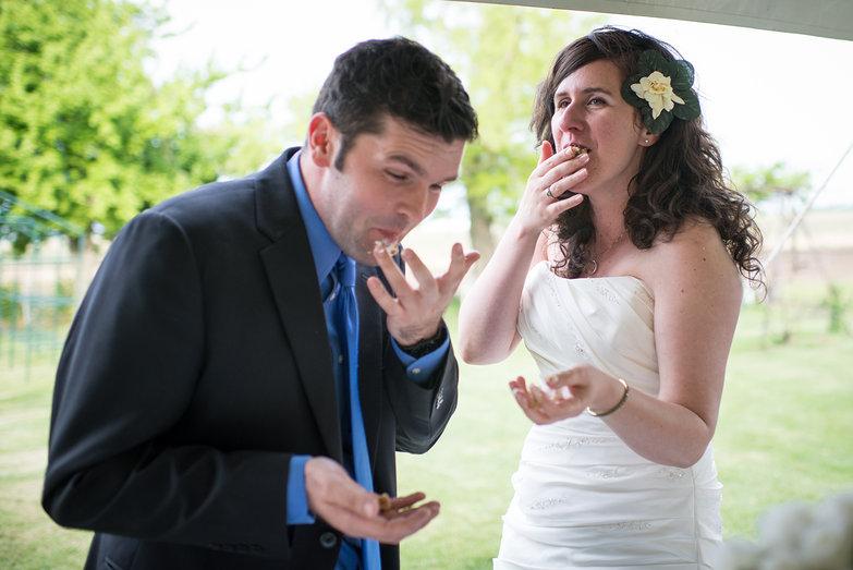 Karina & Ivica Eating Cake