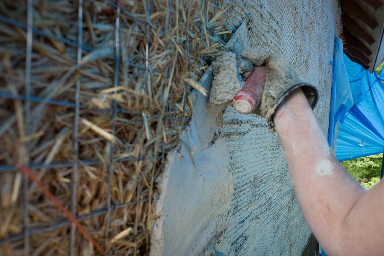 Tara Plastering Strawbale Wall