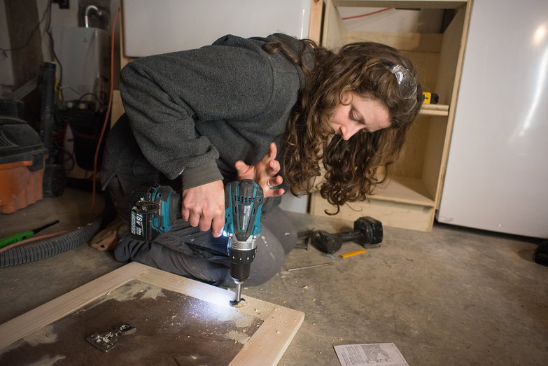 Tara Drilling Hole for Kitchen Cabinet Door Hinge