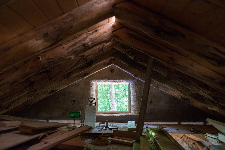 Grindbygg Loft Plastered