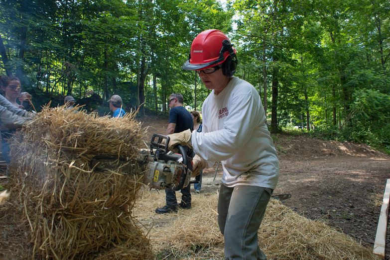 TK Notching Strawbale w/ Chainsaw