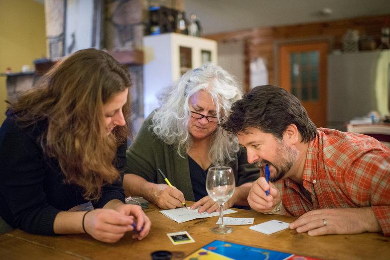 Tara, Becky & Jeremy Playing Cranium