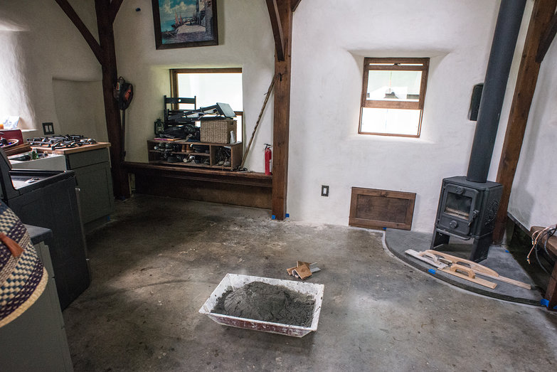 Cottage Floor with Adhesive