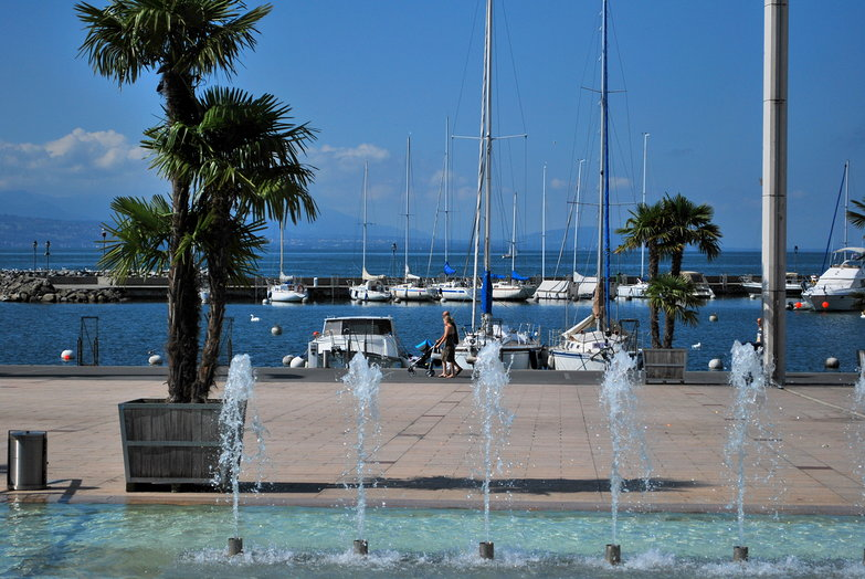 Lac Leman Fountains
