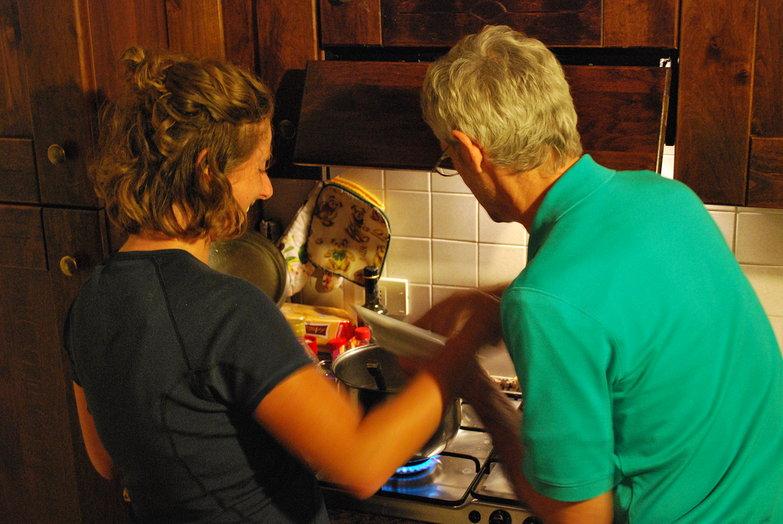 Tara & Dad Boiling Pasta