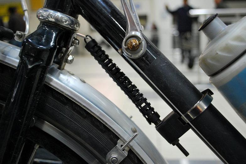 Hebie Steering Stabilizer 695