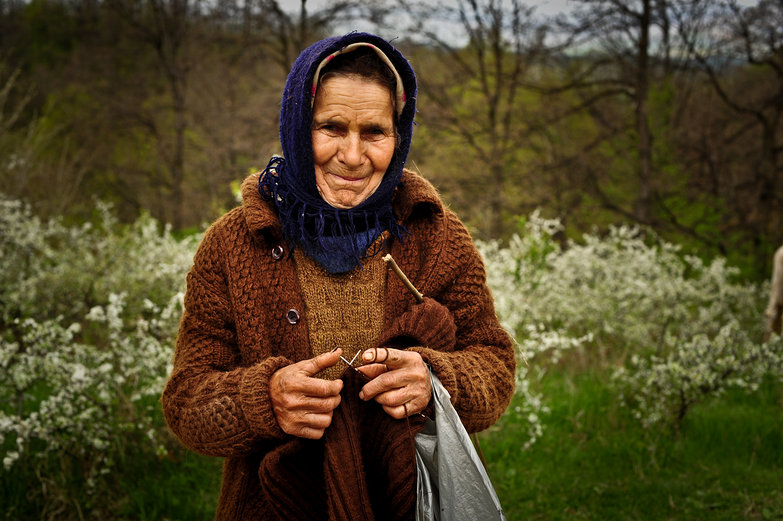 Beautiful Old Romanian Knitter