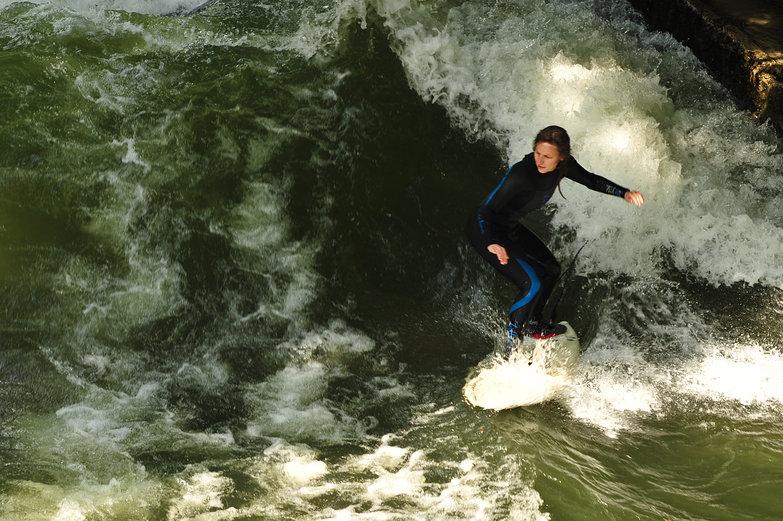 Helen River Surfing