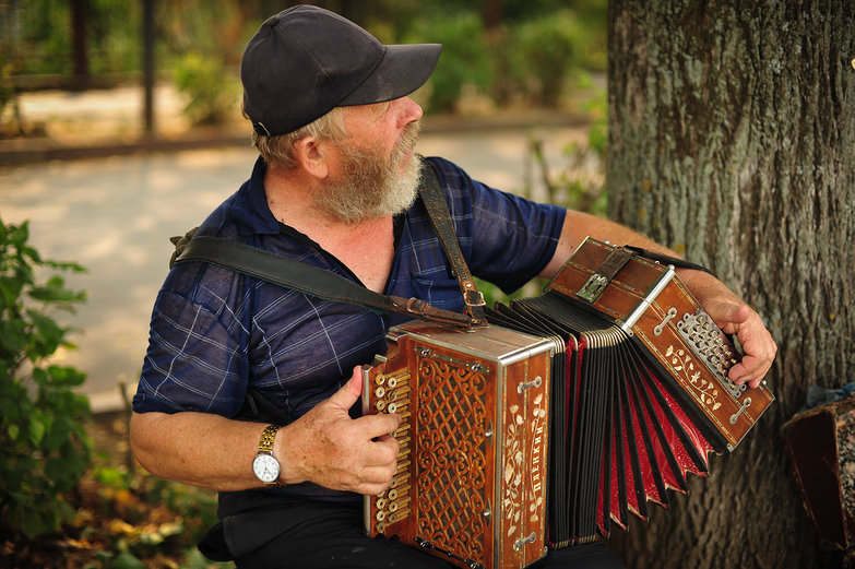 Russian Accordionist in Suzdal