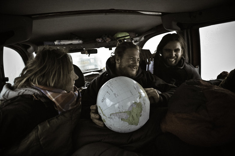 Mette, Richie & Freddie with the Globe