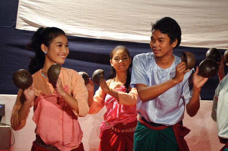 Krousar Thmey Coconut Dance
