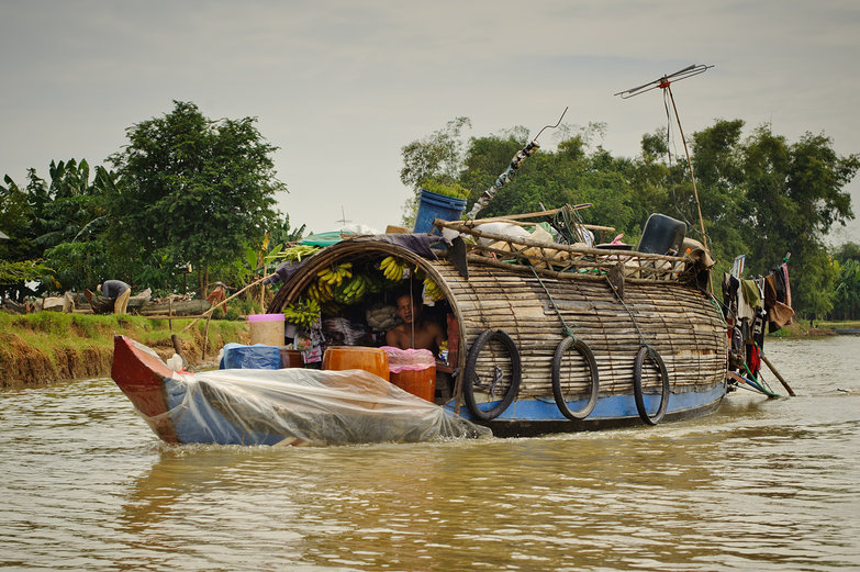 Banana Boat, Tonle Sap Lake