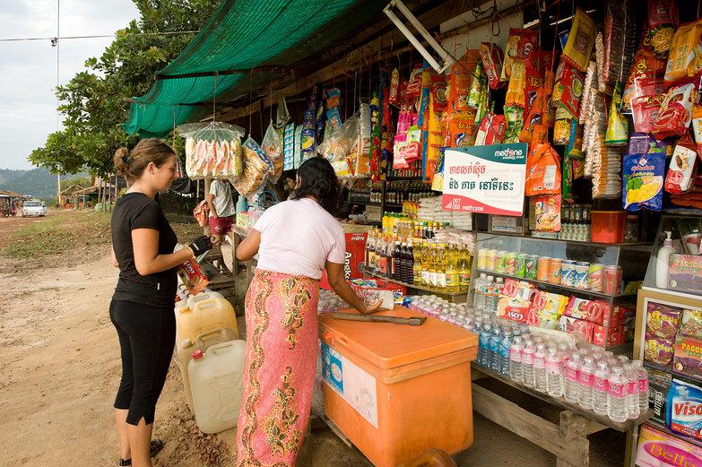 Tara Buying Breakfast