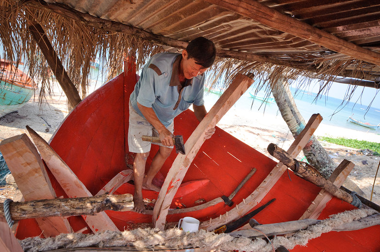 Phú Quốc Boat Maker