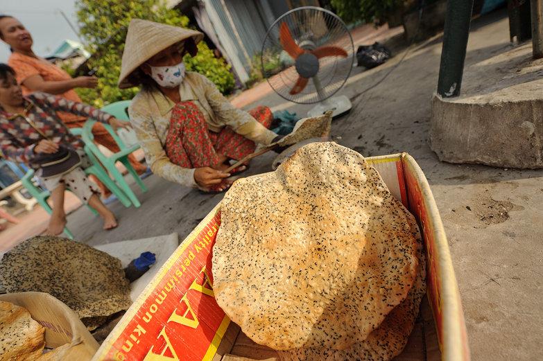 Vietnamese Sesame Cracker