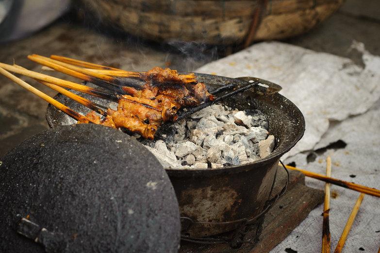 Thịt Nướng (Barbecued Pork)