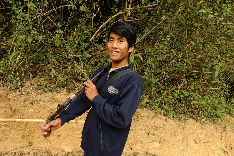 Lao Man w / Handmade Rifle