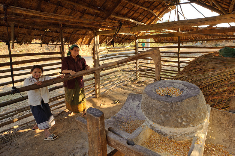 Lao Mom & Daughter Grinding Corn