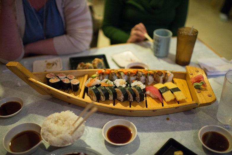 Sushi Kame Sushi Boat
