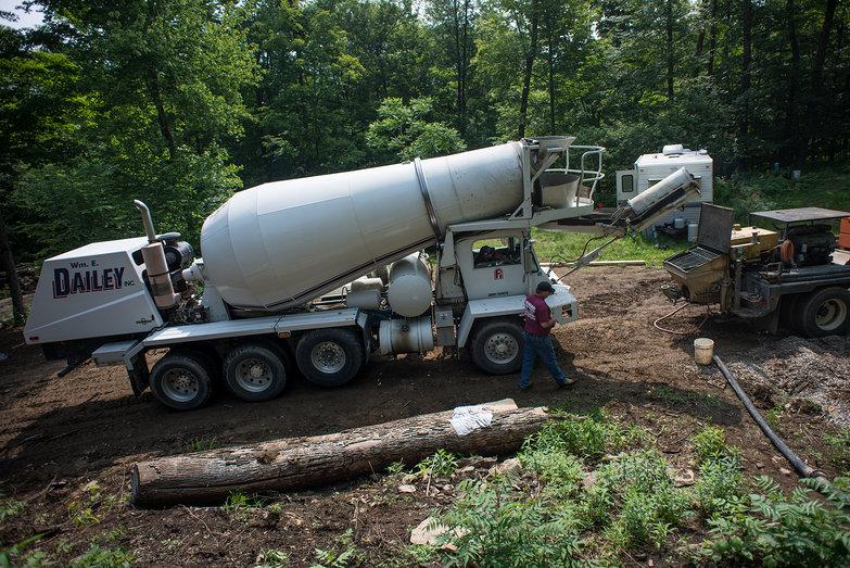 Concrete Truck & Concrete Pump Truck
