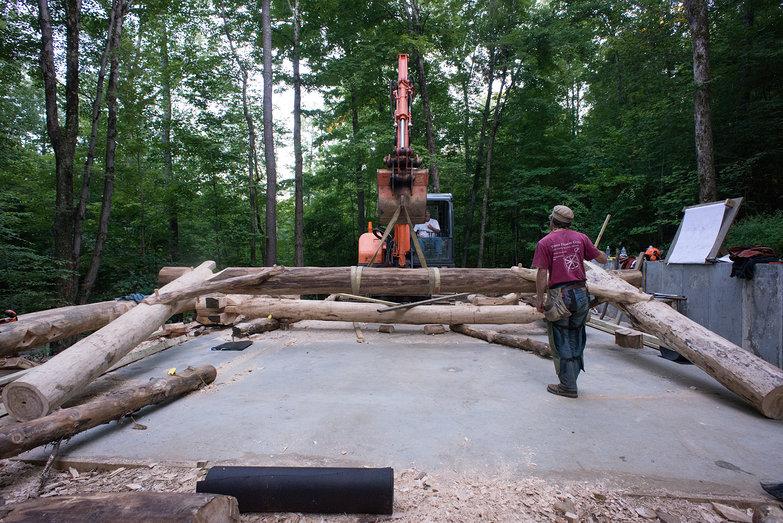 Excavator Raising Grindbygg Bent
