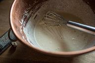 Spritzen Batter in Copper Bowl